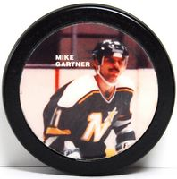 Mike Gartner Star Puck
